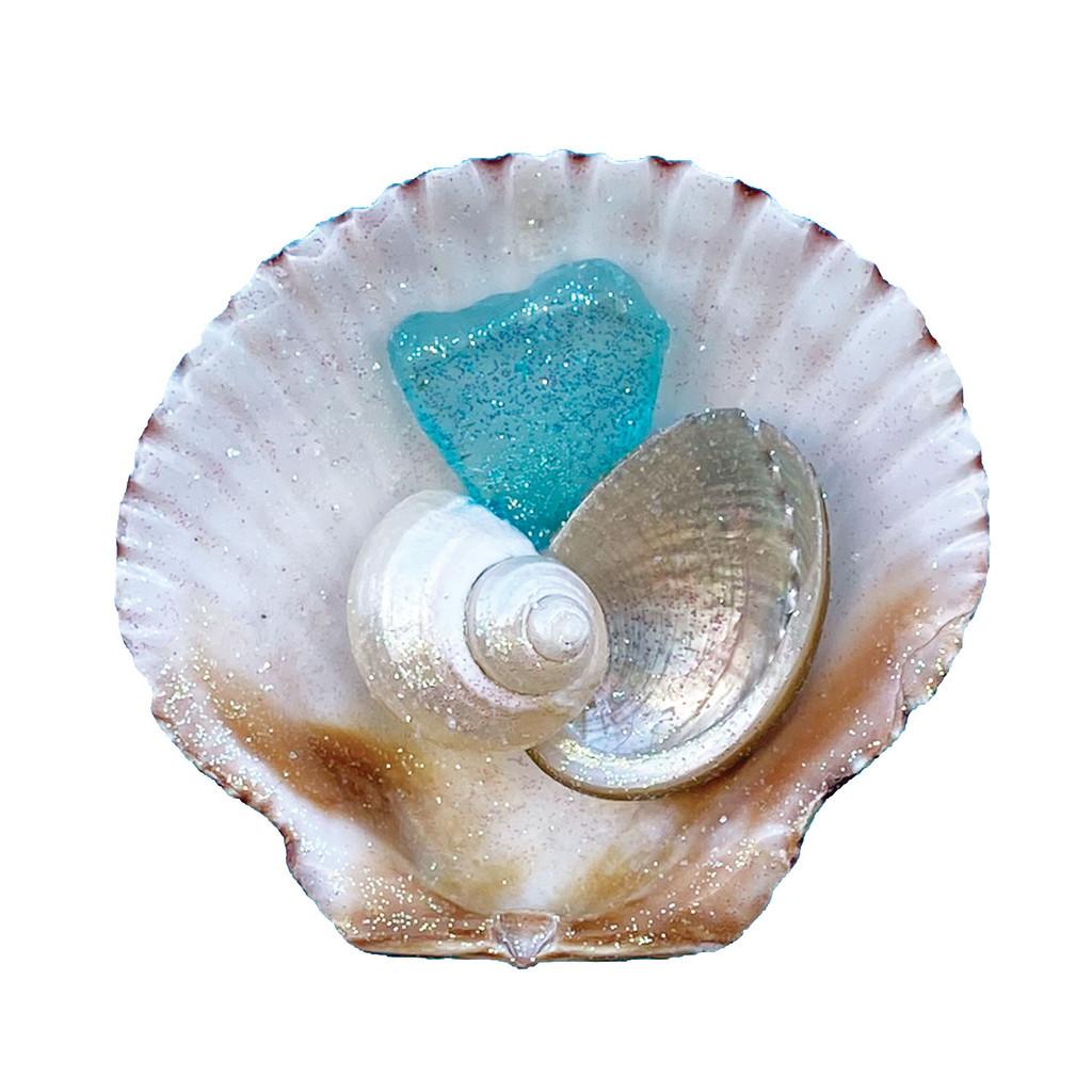 Calico Pectin with Aqua Sea Glass Magnet