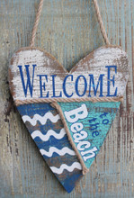 Welcome to the Beach - Heart Sign