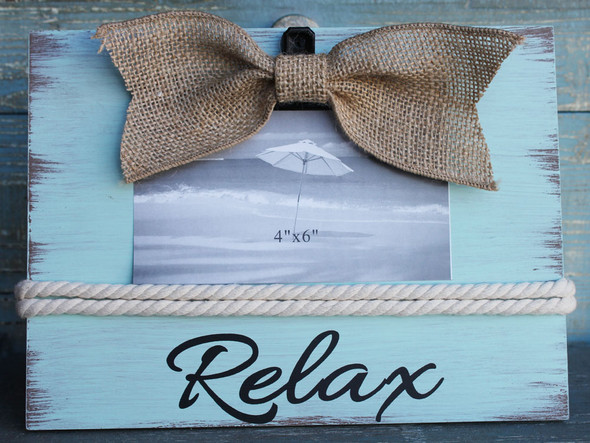 Relax Burlap Bow Frame