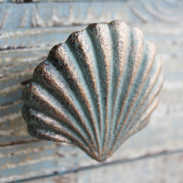 Green Scallop Shell Iron Knob