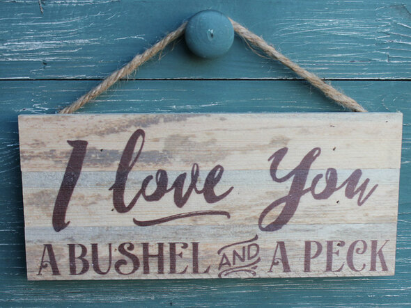 Bushel & a Peck Rope Hanging Sign
