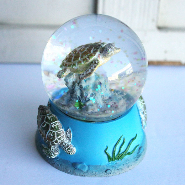 Sea Turtle Snow Globe