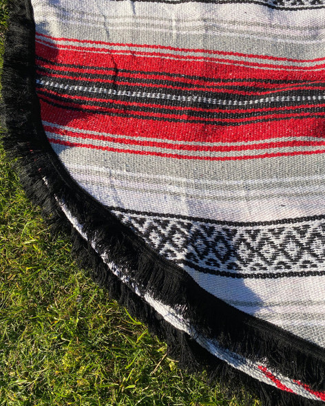 Round Mexican Falsa Blankets - Red