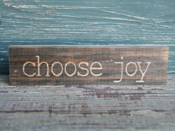 Choose Joy small wood sign