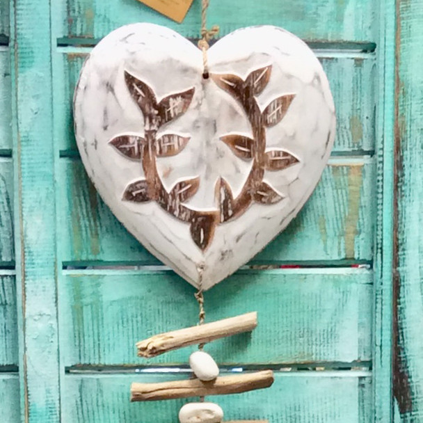 Large Wooden Heart Strand