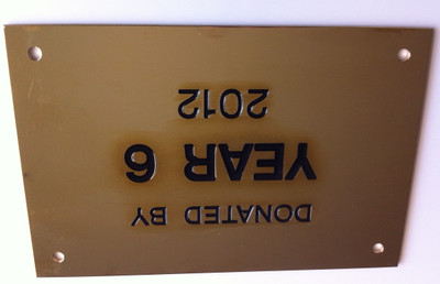 15 x 10 cm Presentation Wall Plaque -Brass