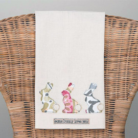 "Have fun with the season with this fun tea towel! Made in a fair trade factory. Measure 19"" x 25"""