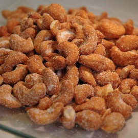 Giant cashews covered in a honey coating and lightly salted.