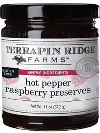 Ripe and juicy red raspberries bursting with flavor are fused with spicy jalapenos giving this sweet-heat jam a sophisticated twist. Mix with cream cheese and enjoy on a bagel or serve with crackers for a quick appetizer. Delectable as a glaze for chicken, pork and shrimp or as an accouterments on your cheeseboard. Gluten Free. Vegan. Oil Free. Dairy Free. Simple Ingredients * Intense Flavors
