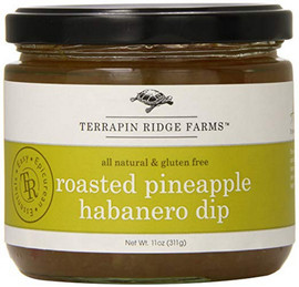 Terrapin Ridge Farms Roasted Pineapple Habaero Dip (13oz) -The sweet and caramelized taste of roasted pineapple is combined with Red and Green bell peppers, onions and fiery Habaeros. Mix with cream cheese for an incredible dip or serve with tortilla chips right out of the jar.