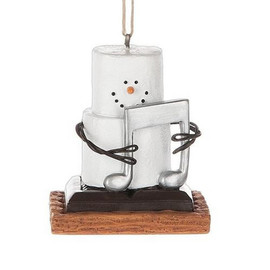 """Collectible Marshmallow S'more ornament holds a musical note- a cute gift for the collector or anyone who loves or plays music.  Dimensions: 2"""" L. x 1.625"""" W. x 2.375"""" H. x 0.154 lb. w"""