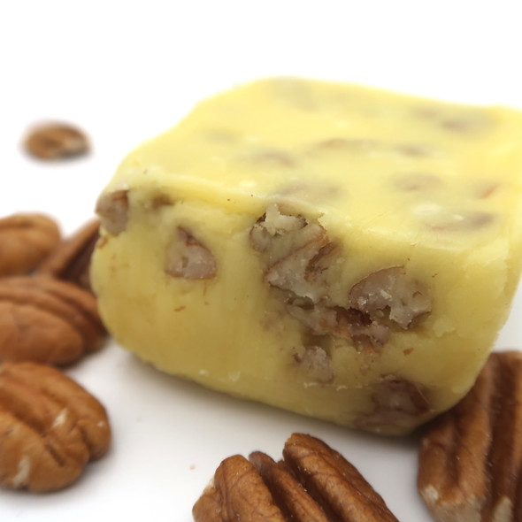 This buttery and creamy fudge is so delicious and the pecans give it the perfect texture. So yummy!!