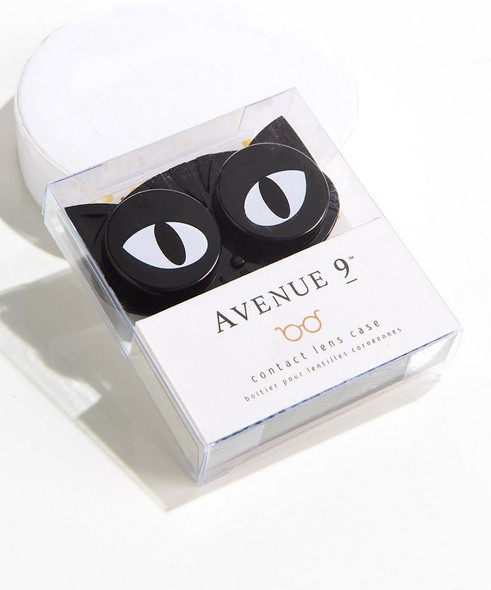 Lucky you to have this black kitty watching over your contact lenses! Cat head shaped case has eyes that open to reveal compartments for contacts.