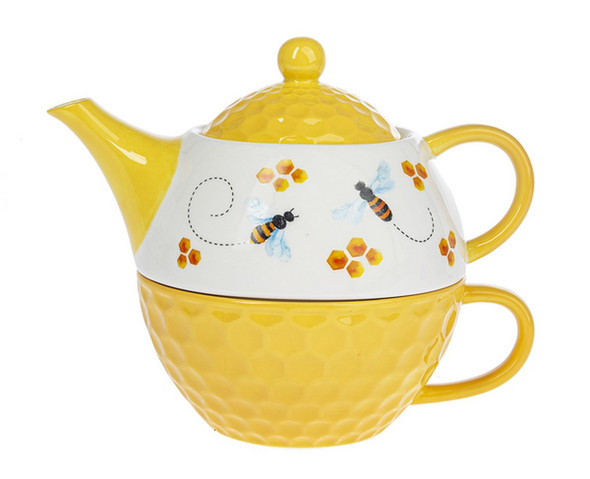 This honeycomb textured teapot is microwave safe and holds 14oz of liquid.  Handwash only.
