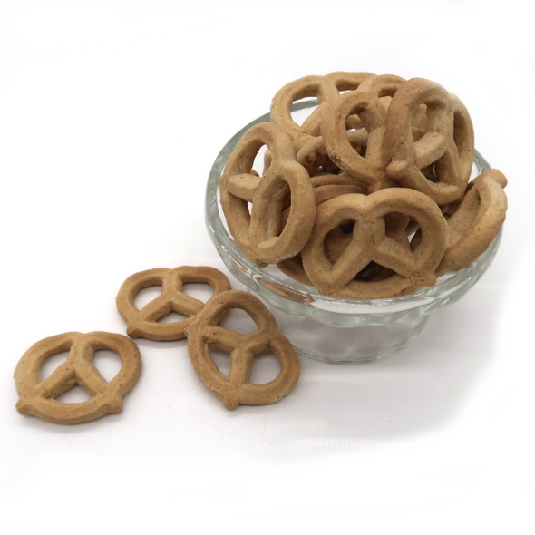 Cinnamon Graham Pretzels 8 oz taste like graham crackers and are a great starting point for any pretzel recipe.