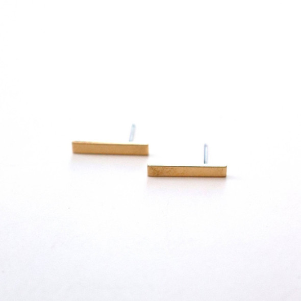 Simple and stylish gold bar earrings. Hypo-allergenic, made in the USA. Made in United States of America