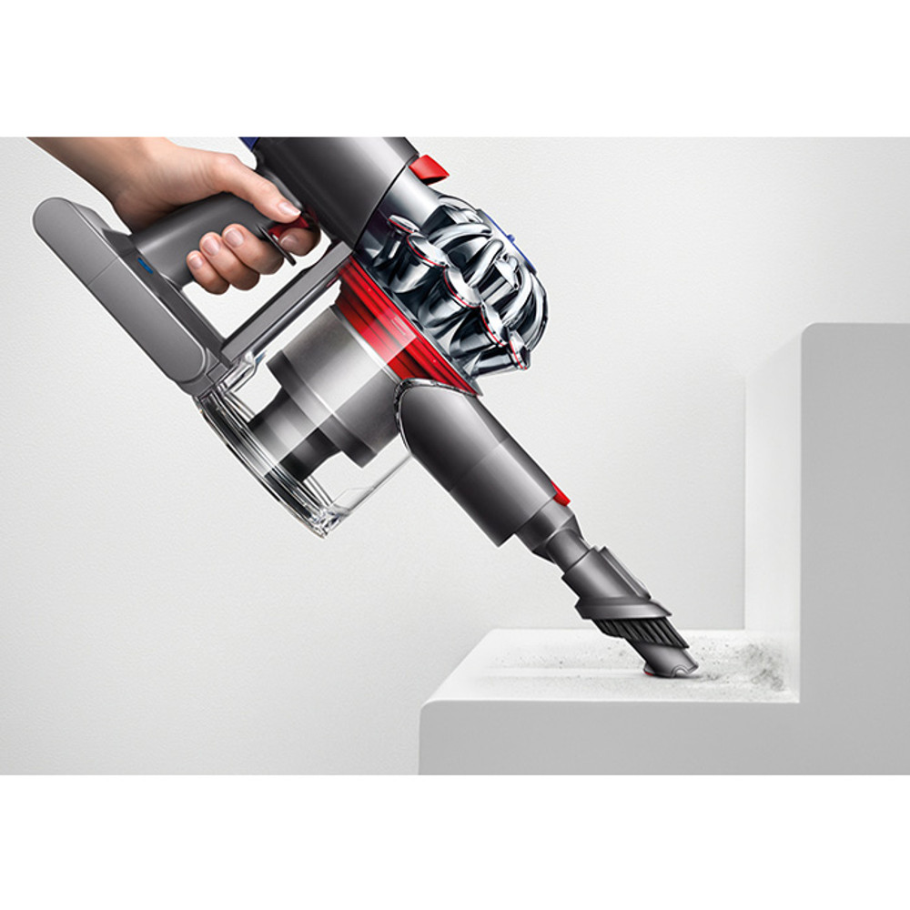 Dyson V7 Cordless Stair Cleaning