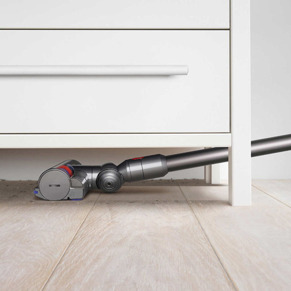 Dyson V7 Low Profile Cleaning