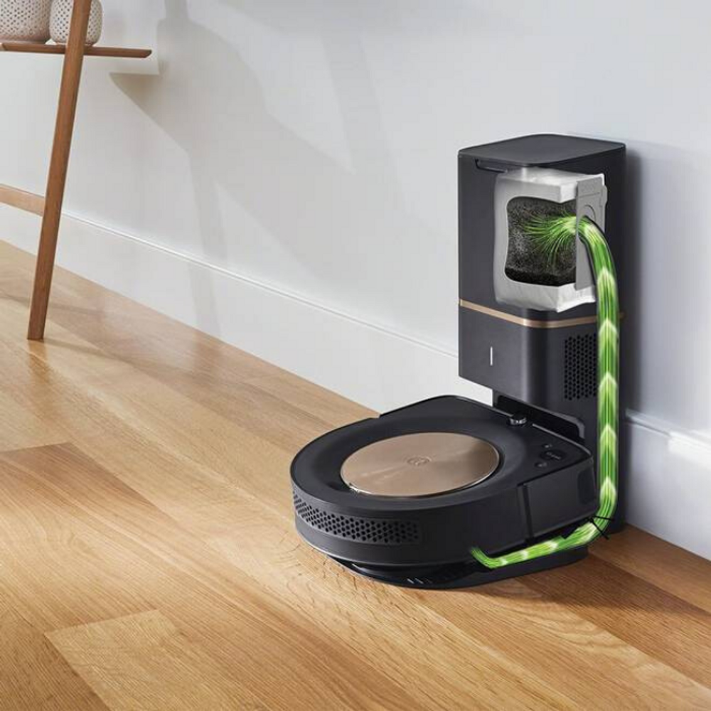 iRobot Clean Base allows for Automatic Dirt Disposal