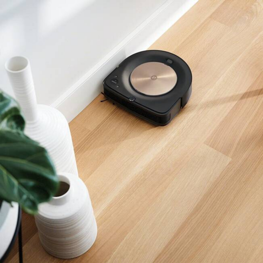 iRobot s9+  offers edge cleaning
