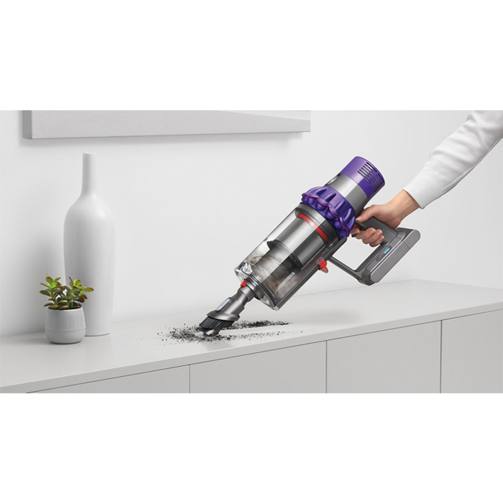 Easily Convert To Handheld Vacuum