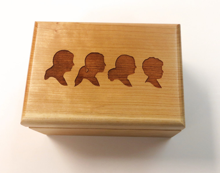This personalized hinged-box is designed to hold a variety of items such as candy, jewelry, business cards, pens or golf balls. This interior of the box includes felt lining. Great for promotions, awards or recognition.