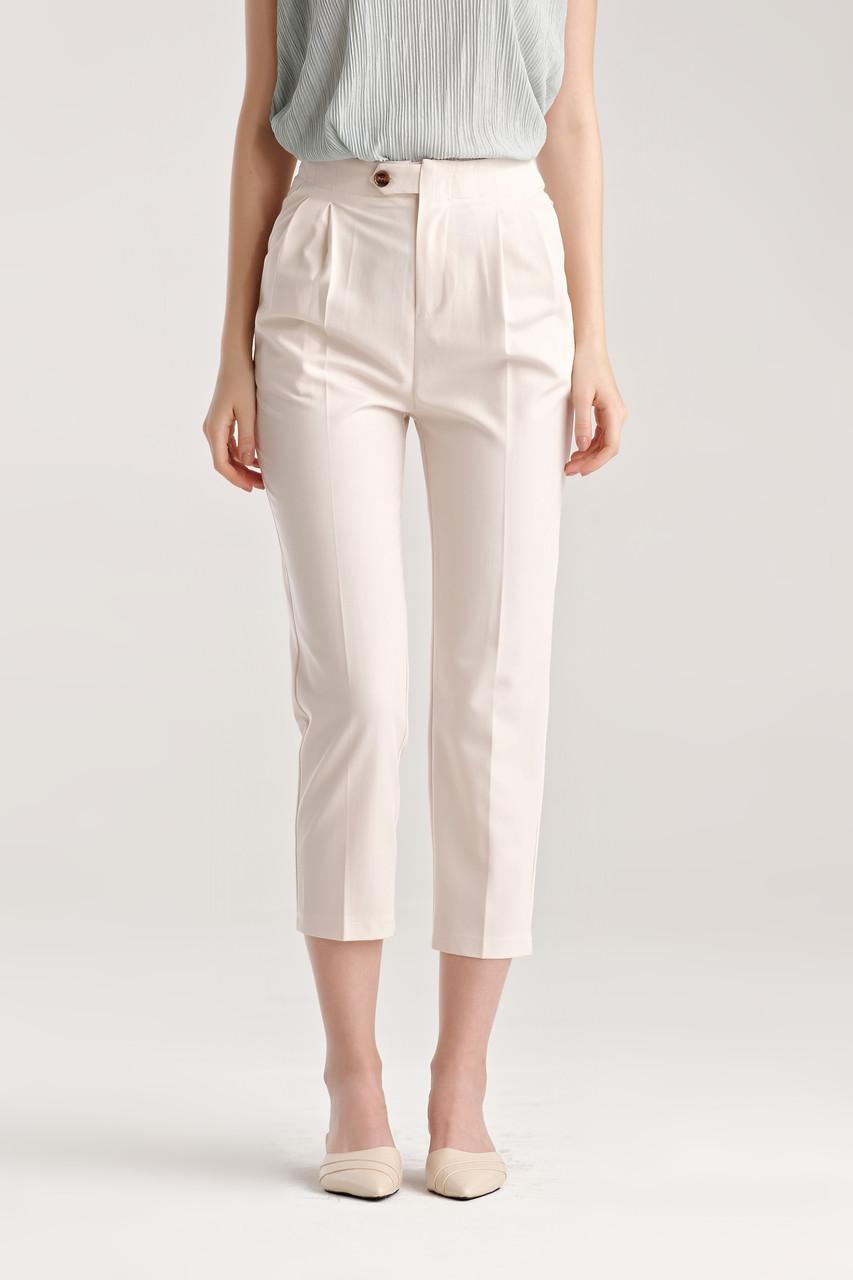 Tucked Capri Pants