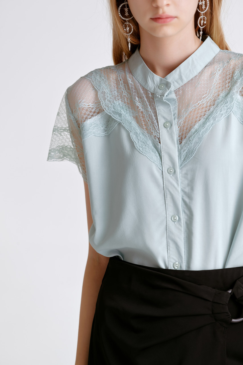 Lace-Trim Short Sleeve Shirt