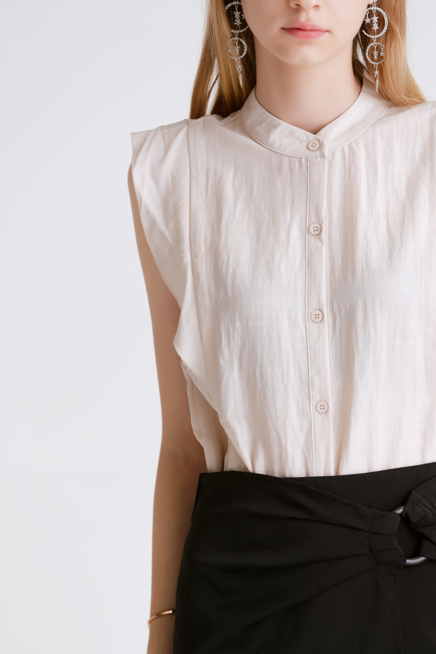 Crease Frill-Sleeveless Shirt