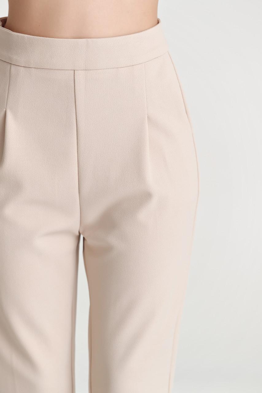 Tucked Baggie-Fit  Pants