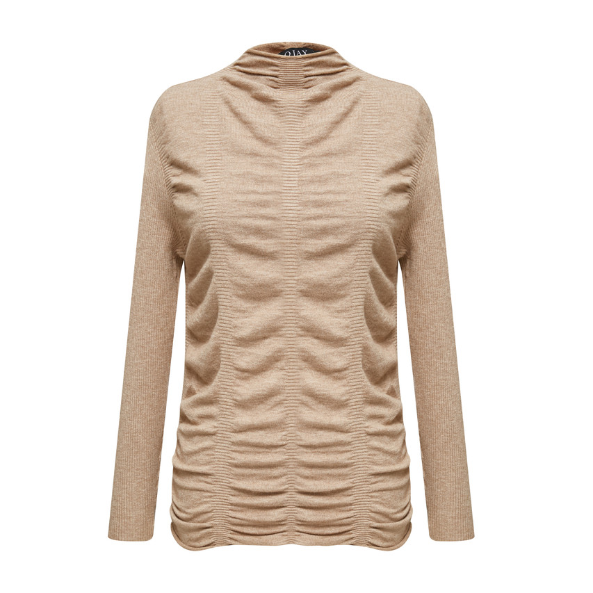 Front wrinkle fitted knit top