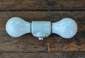 2-Light Socket