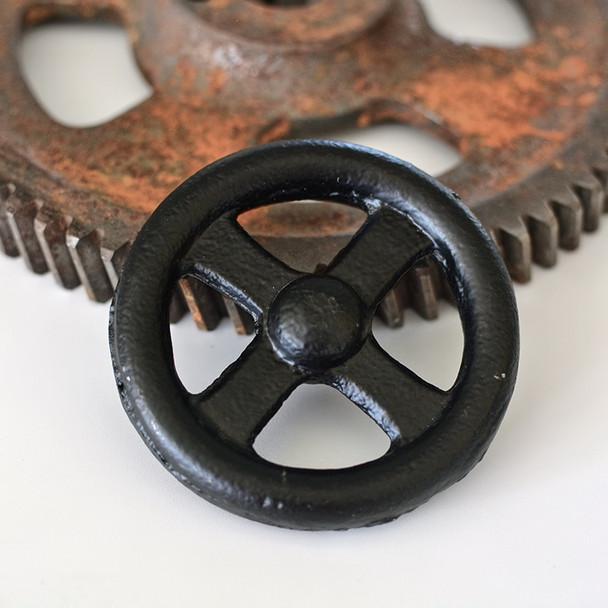 Black Round Handle