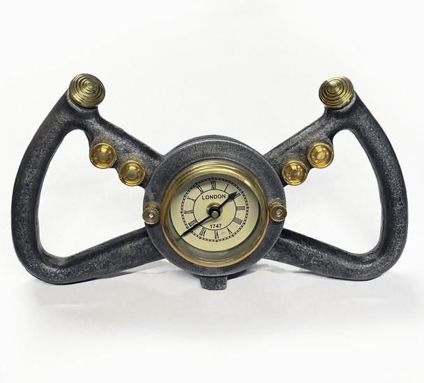 Yoke Clock