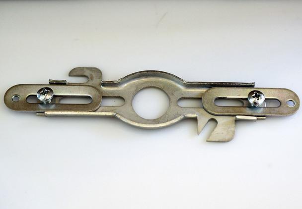 Universal crossbar bracket