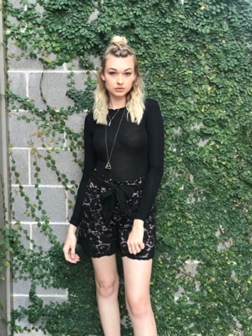 Kontatto - Lace Shorts - Black-Nude