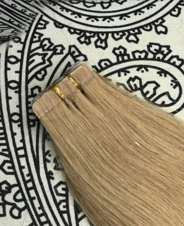 Luxury Tape-In Hair Extension #18  Beach Sand
