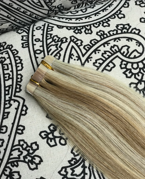 Luxury Tape-In Hair Extension #18/613  Blond Mixer