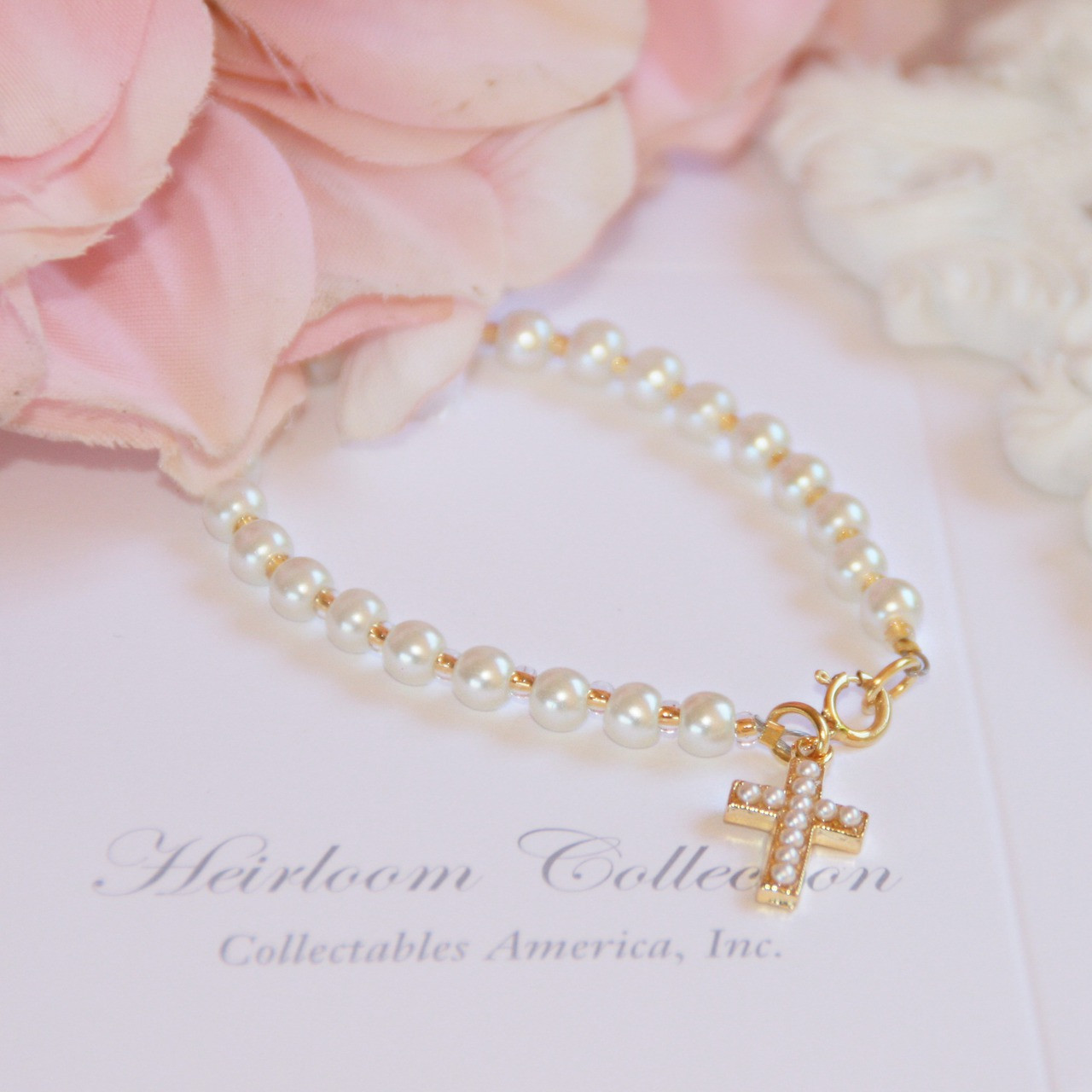 """CJ-327  Glass Pearls and Seed Beads with Cross Gold-tone 6"""" Bracelet"""