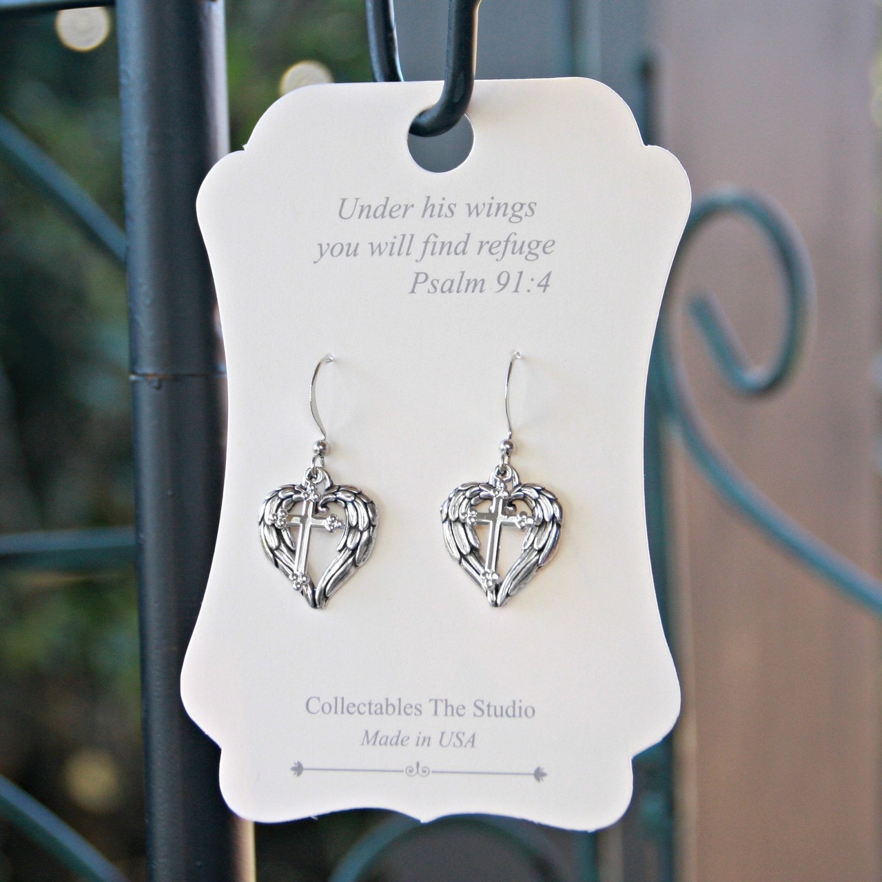 FER-403  Under His wings you will find refuge Earrings