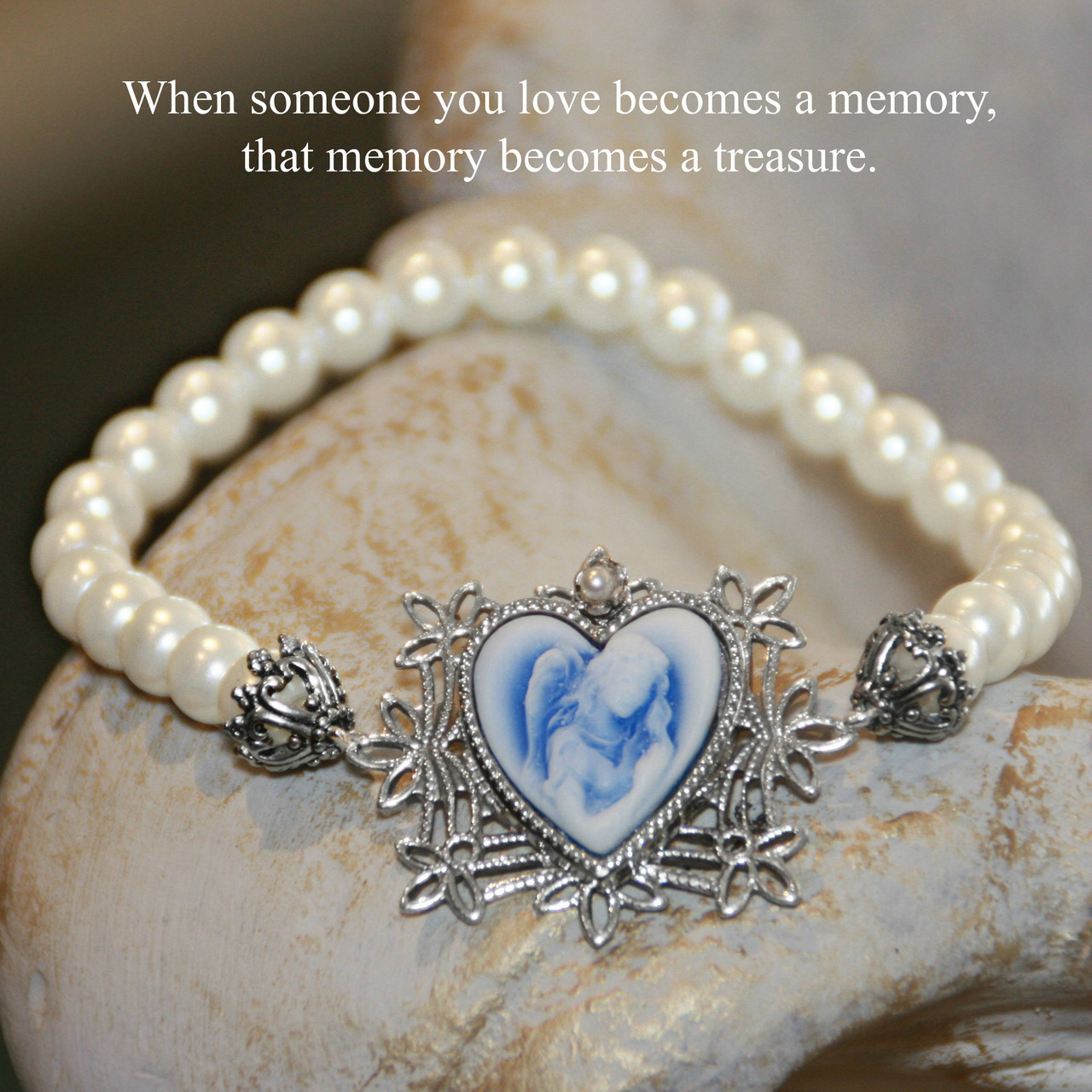 IN-722  Cameo Angel Memory Bracelet...When someone you love
