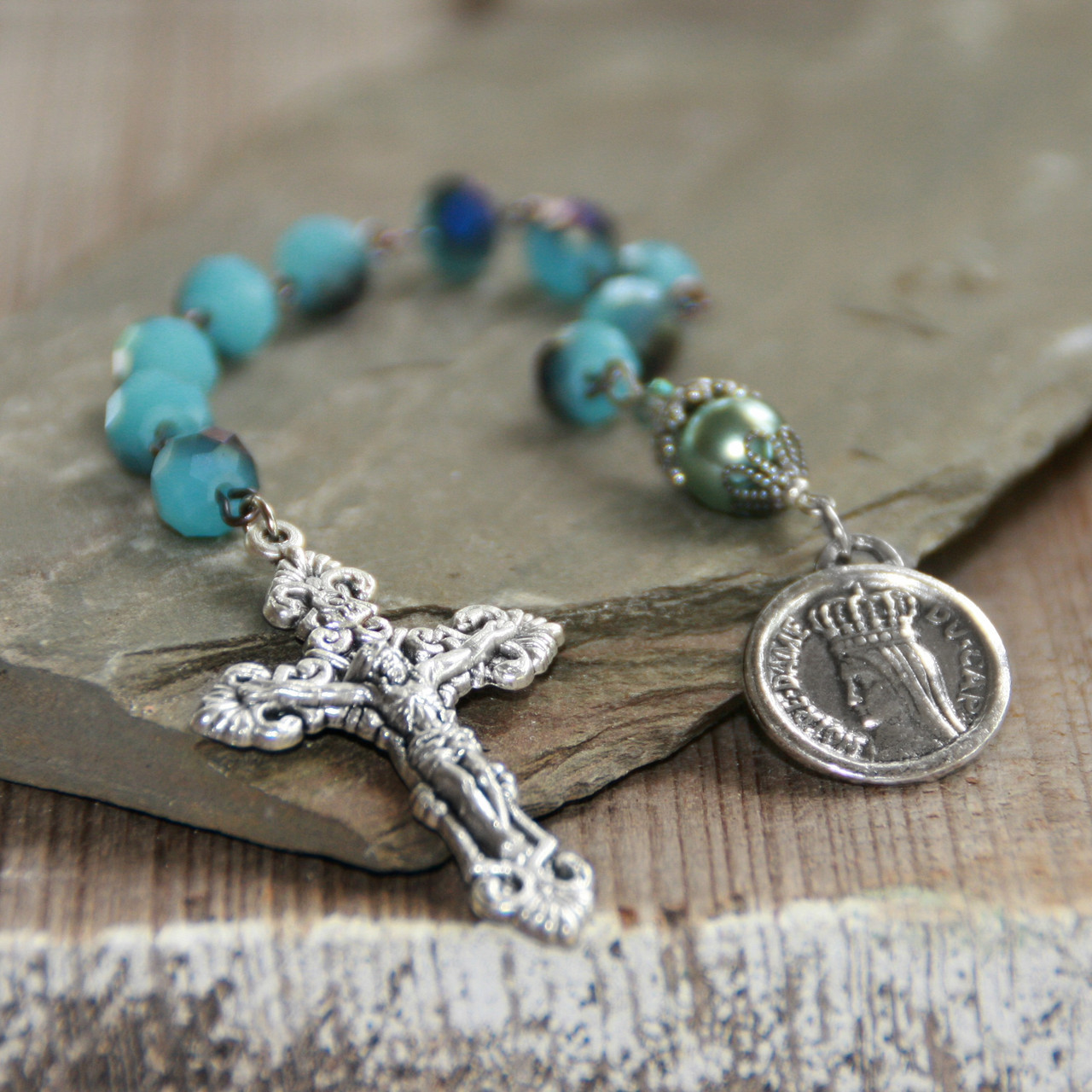 IN-810  Catholic Chaplet Notre Dame