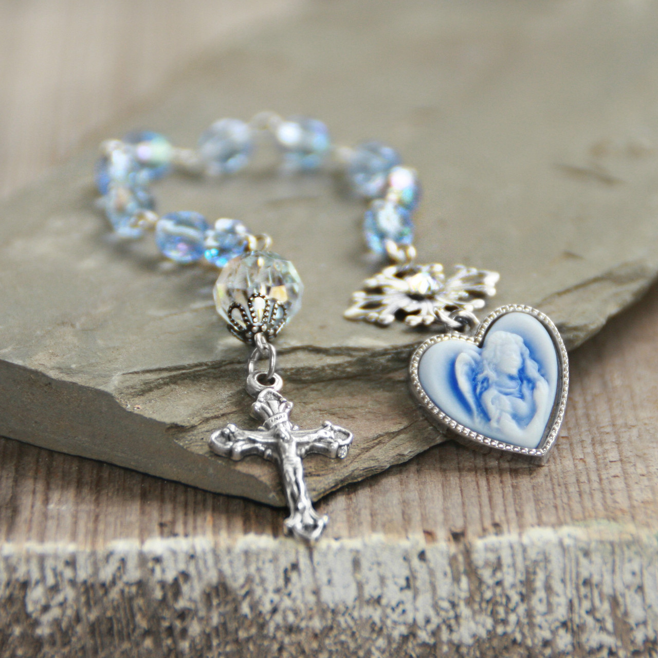 IN-811  Catholic Chaplet Angel