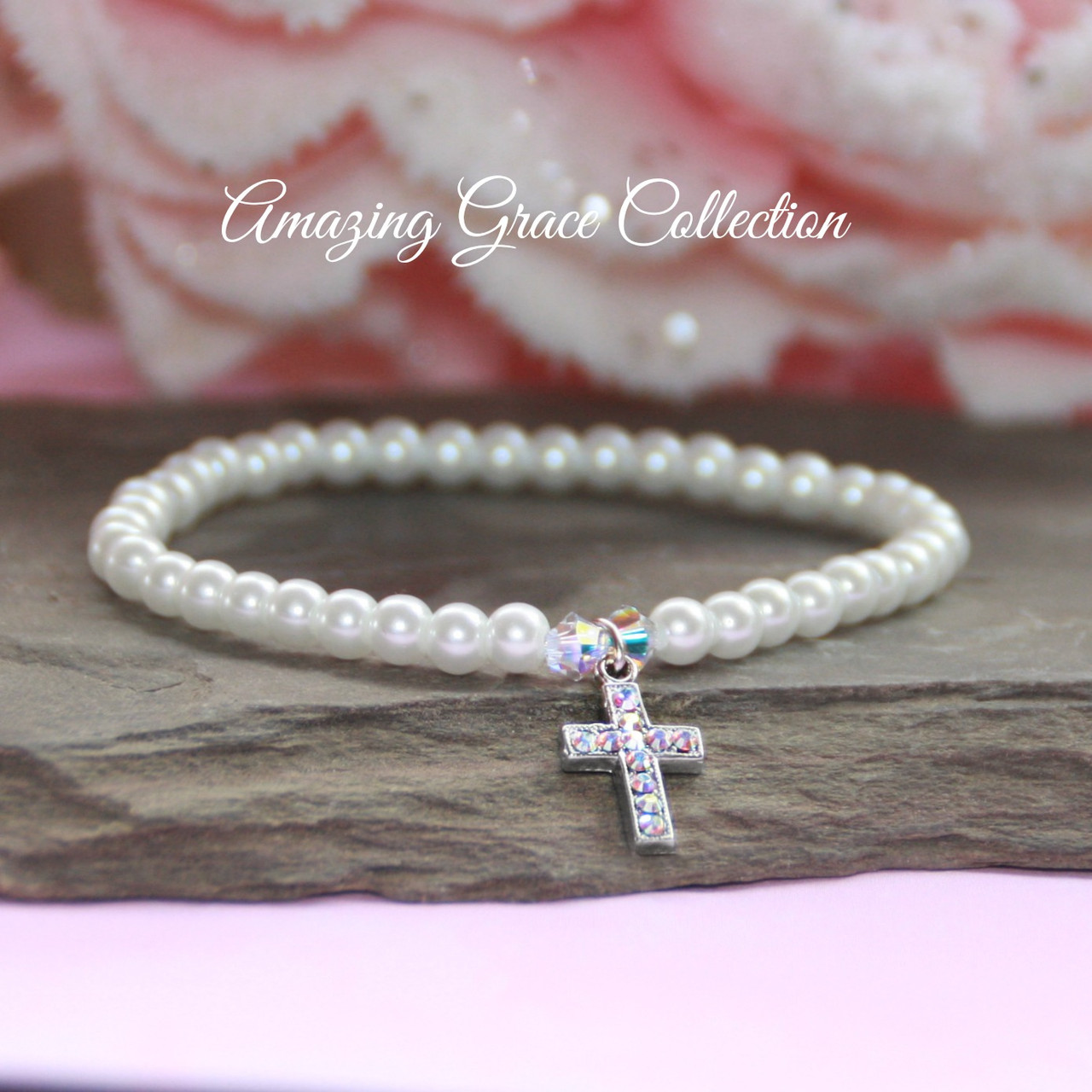 GG-51  Crystal filled Cross Stretch Pearl Bracelet just Stunning!