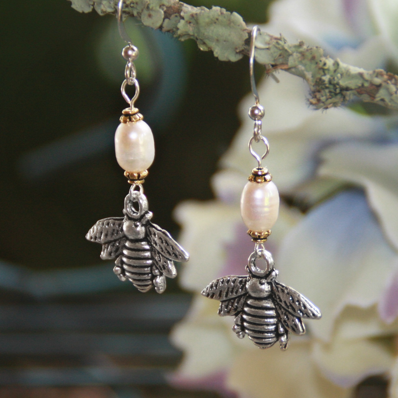 IS-805  Bee Earrings with Freshwater Pearls