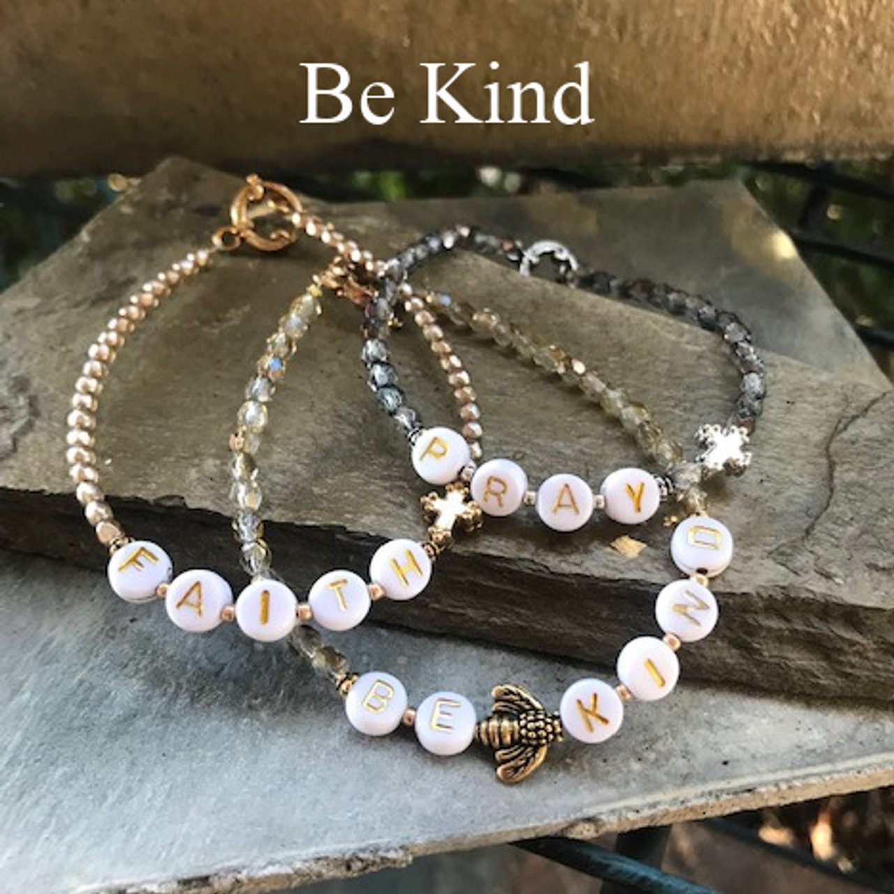 """IN-756 """"Be Kind"""" Beaded Trending 2021 Bracelet"""