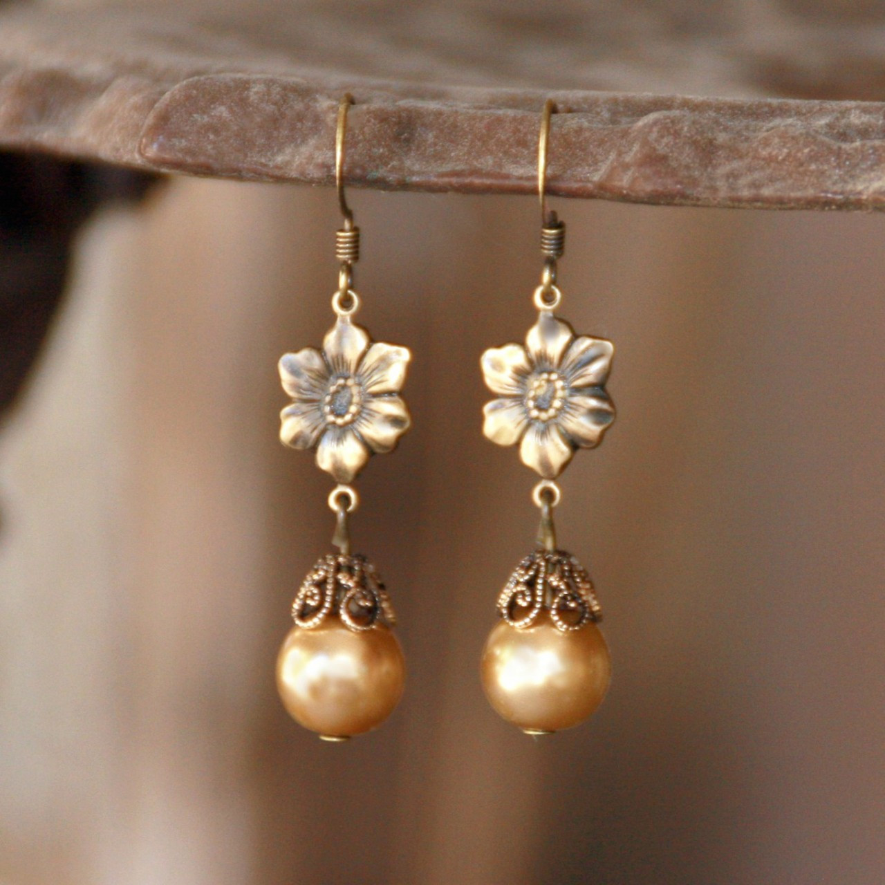 FER-378  Golden Pearl Flower Earrings