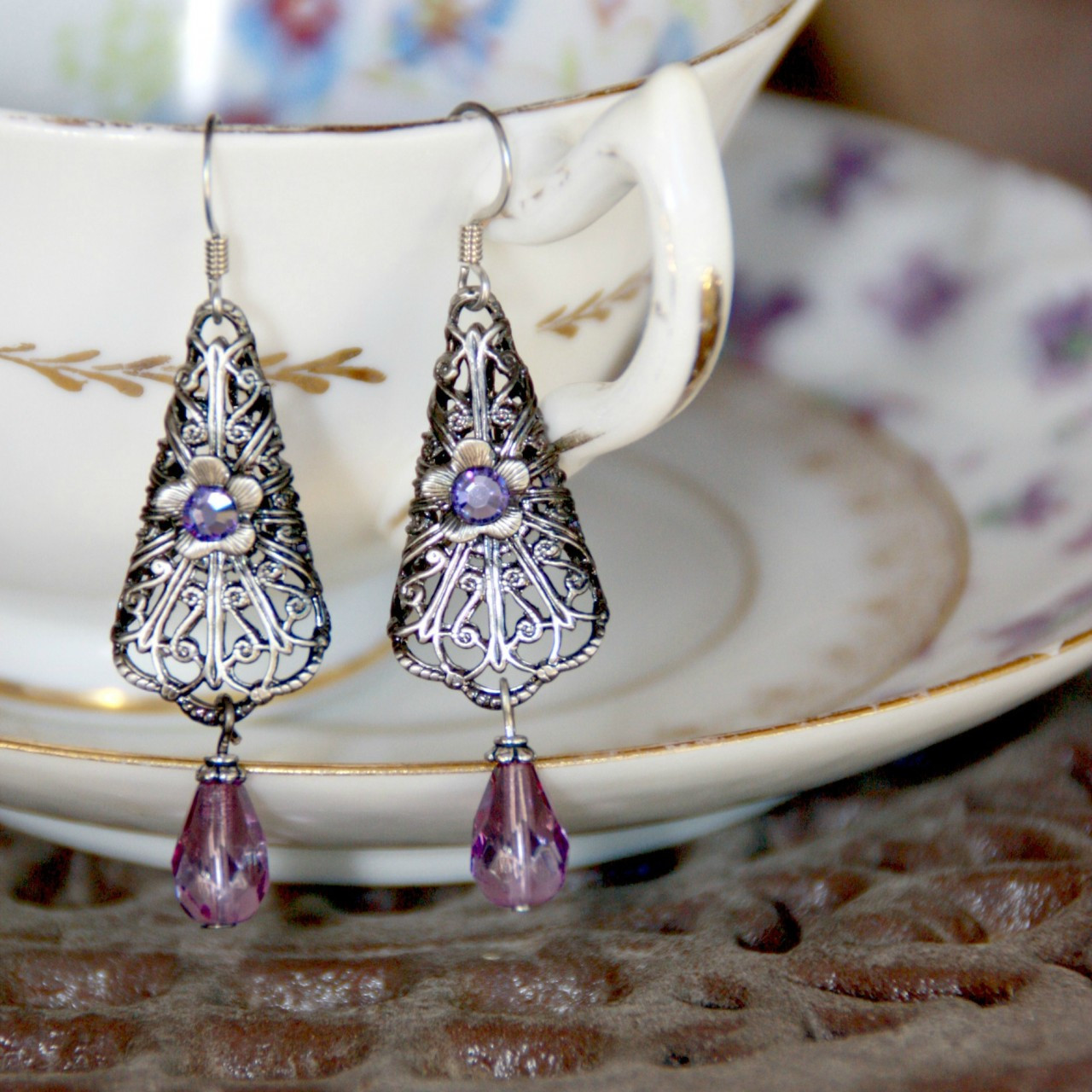 FER-369  Lilac Earrings