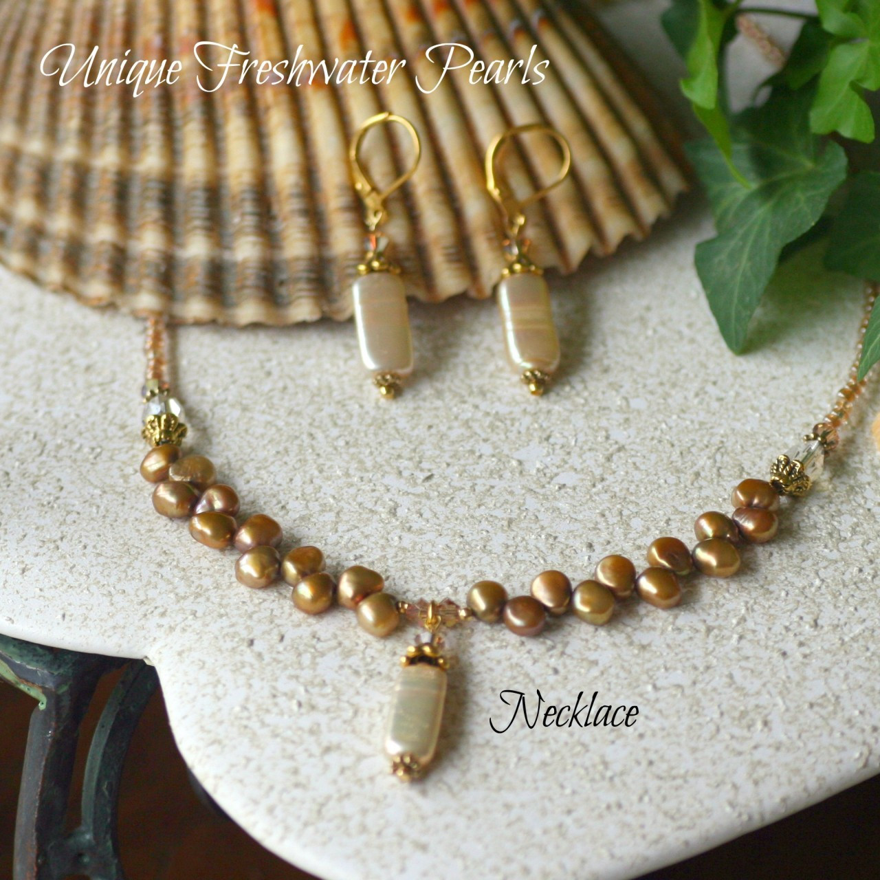 IS-238  Freshwater Pearl Necklace