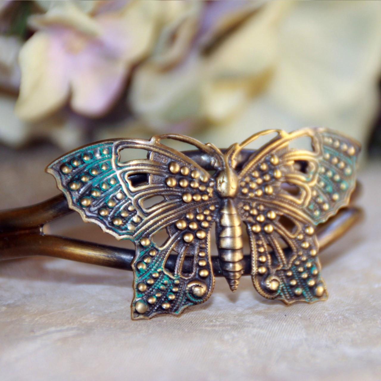 ART-118 Vintage style Butterfly Cuff Bracelet